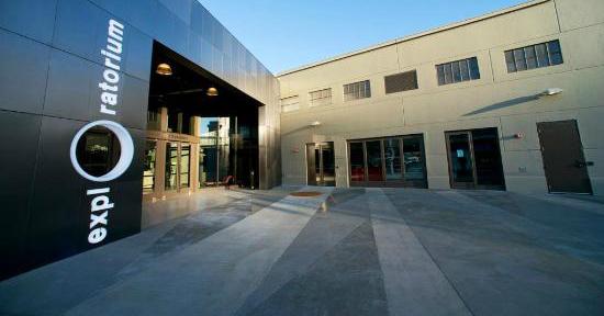 exploratorium_entrance